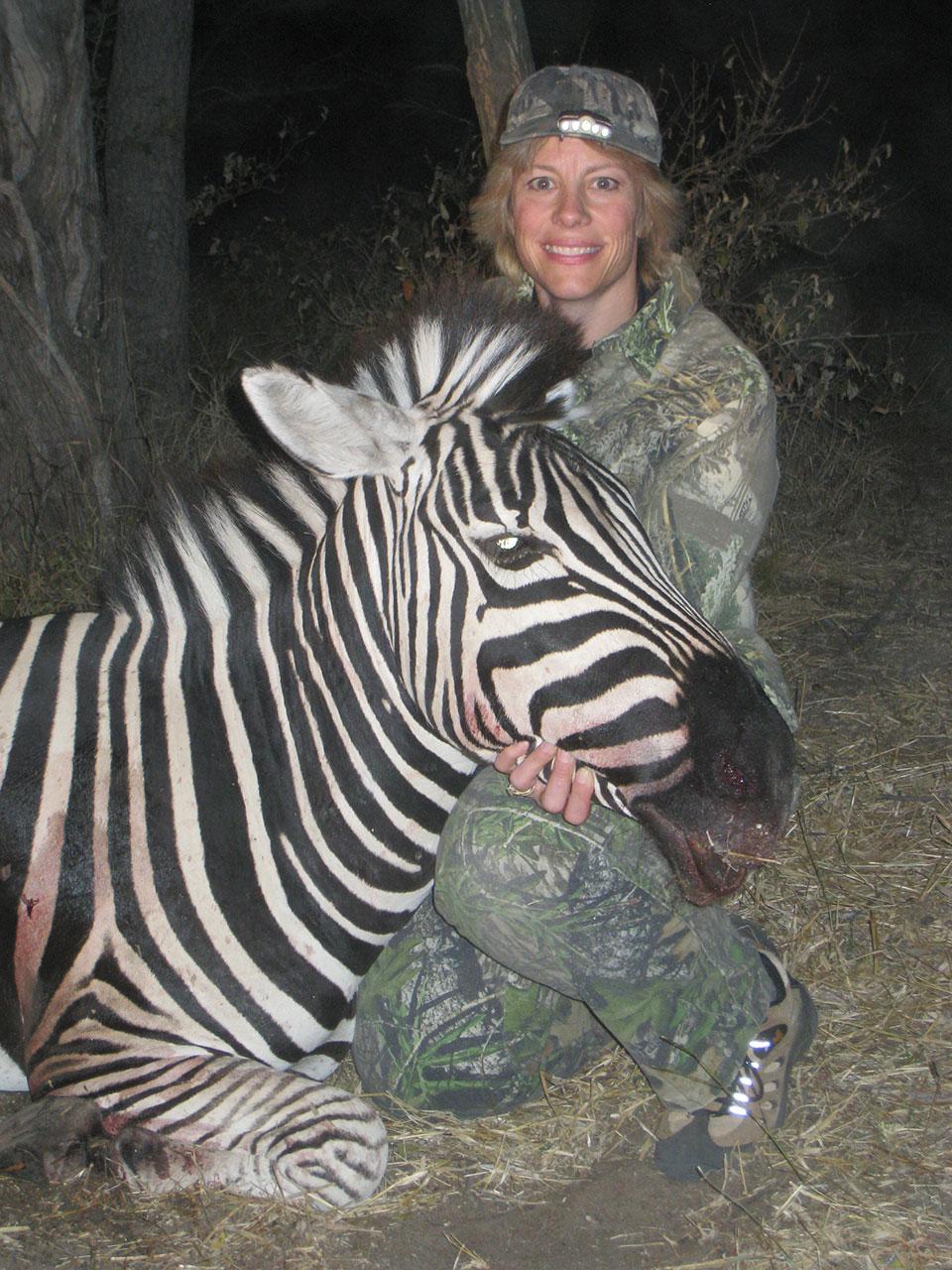 bowhunting-zebra-in-africa.jpg