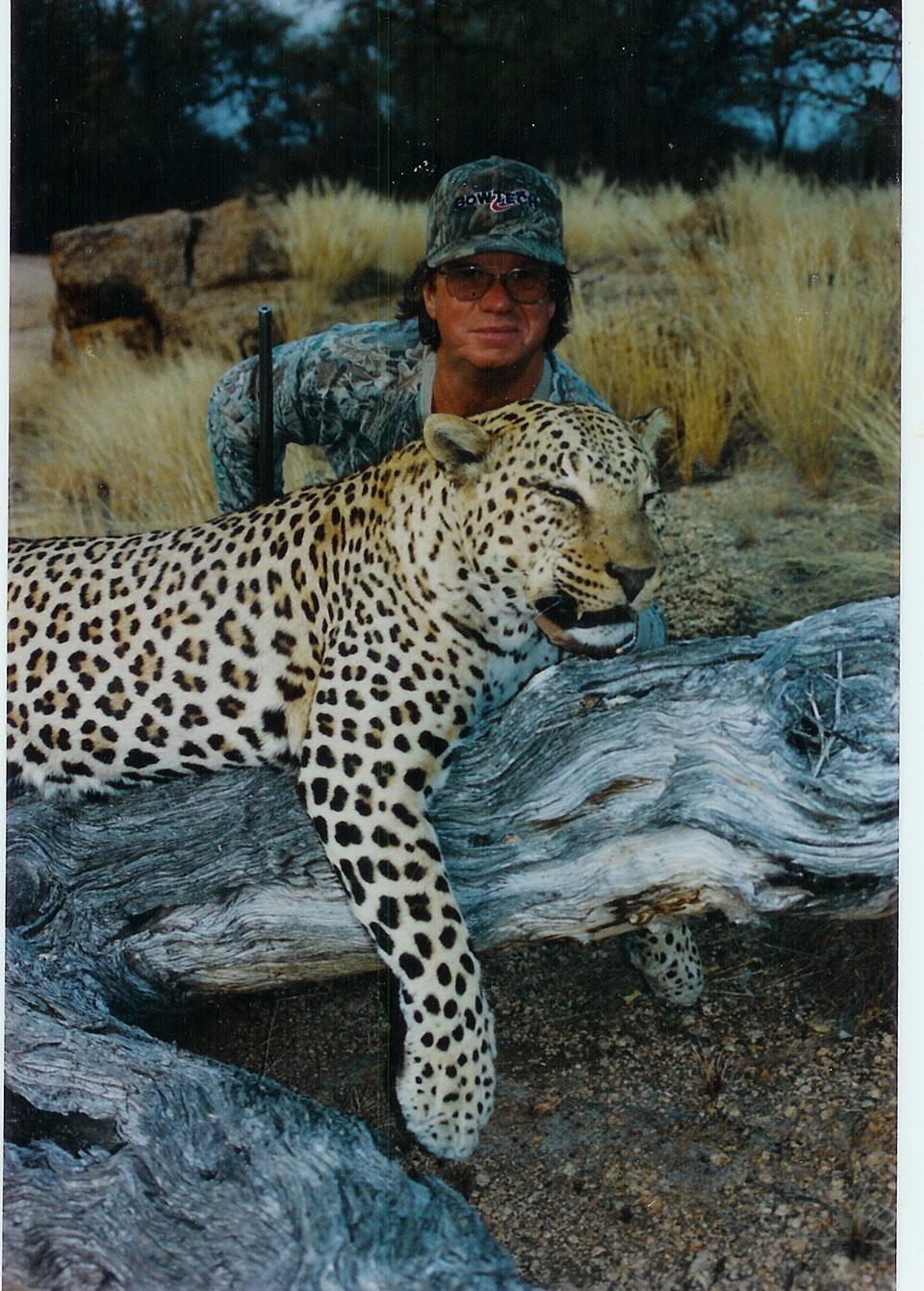trophy-leopard-photos-Namibia-Africa.jpg